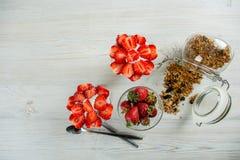 Café da manhã saudável para de duas pessoas Fotos de Stock Royalty Free