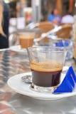 Café de café express avec le suga bleu Photographie stock libre de droits