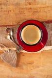 Café de café express, tasse rouge d'émail Photographie stock