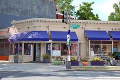 Café de canto na cidade Fotografia de Stock