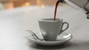 Café de derramamento do potenciômetro do café video estoque