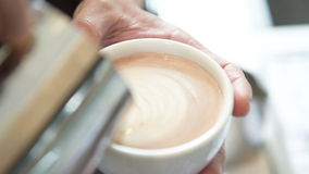 Café de derramamento Máquina do café vídeos de arquivo