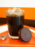 Café de glace avec le biscuit Image libre de droits