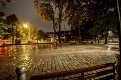 Café de la calle en un otoño lluvioso Tampere finlandia Fotos de archivo