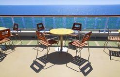 Café de la cubierta del barco de cruceros Fotos de archivo