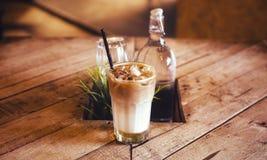 Café de la leche helada fotografía de archivo