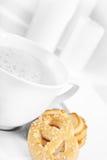 Café de la mañana con las galletas Imagenes de archivo