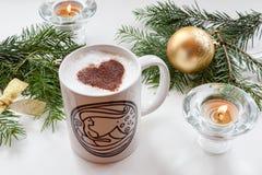 Café de la Navidad con el corazón Imágenes de archivo libres de regalías