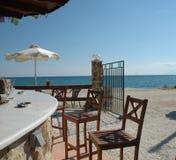 Café de la playa en Grecia fotografía de archivo