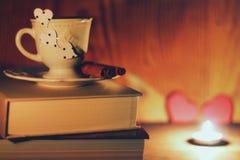 Café de livre de jour du ` s de Valentine Photos libres de droits