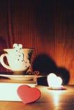 Café de livre de jour du ` s de Valentine Images stock