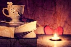 Café de livre de jour du ` s de Valentine Photos stock