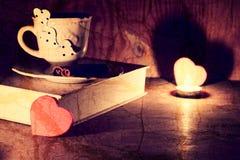 Café de livre de jour du ` s de Valentine Image libre de droits