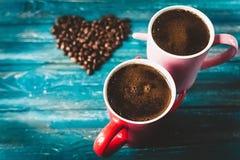 Café de matin pour des couples dans l'amour Vue supérieure Photographie stock