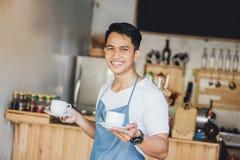 Café de portion de serveur photos libres de droits