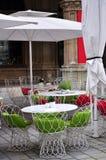 Café de rue à Vienne, Autriche Photos stock