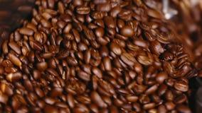 Café de torréfaction Machine de torréfaction de café Plan rapproché clips vidéos