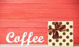 Café de Word avec le cadeau Photo stock
