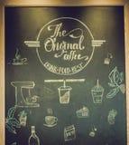 Café del cartel con las letras dibujadas mano foto de archivo