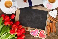 Café del día de tarjetas del día de San Valentín imagen de archivo libre de regalías
