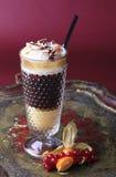 Café del licor con crema azotada fotografía de archivo