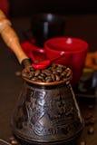 Café del turco con las habas Fotos de archivo libres de regalías