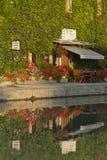 Café do canal Imagens de Stock Royalty Free