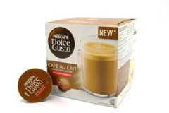 Café do Decaf de Lait de au de café do entusiasmo de Nescafe Dolce fotografia de stock royalty free