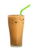 Café do leite de gelo, bebida famosa em Tailândia, isolada no branco fotos de stock royalty free
