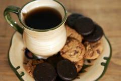 Café e bolinhos Imagem de Stock Royalty Free