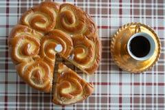 Café e bolo frito Imagem de Stock Royalty Free