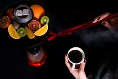 Café e cachimbo de água imagem de stock