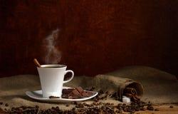 Café e chocolate fotografia de stock royalty free