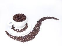 Café e Coffeebeans da manhã Fotografia de Stock