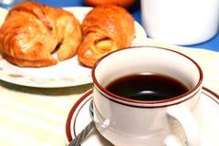 Café e croissant Fotografia de Stock
