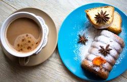 Café e doces Imagens de Stock Royalty Free