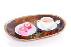 Café e pequenos doces quatro Fotografia de Stock Royalty Free