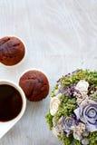 Café e queques Imagens de Stock