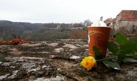 Café e uma rosa Fotografia de Stock