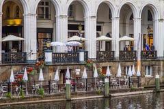 Café en Alsterfleet Imágenes de archivo libres de regalías