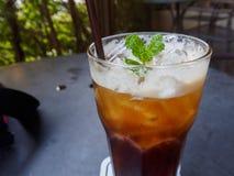 Café en bon état glacé dans un verre Photographie stock libre de droits