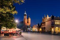 Café en el cuadrado de Rynek Glowny en Kraków Imágenes de archivo libres de regalías