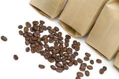 Café en el fondo blanco Foto de archivo libre de regalías