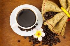 Café en la taza blanca Fotografía de archivo