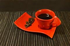 Café en taza roja Imagen de archivo