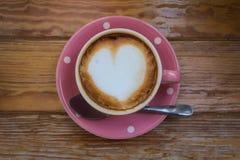 Café en taza rosada Fotografía de archivo libre de regalías