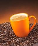 Café en una taza Foto de archivo libre de regalías