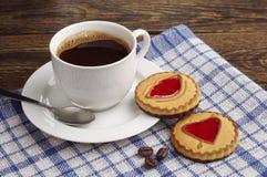 Café et biscuits avec la confiture Photos stock