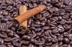 Café et cannelle Photos stock
