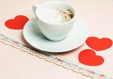 Café et coeur De Valentine du jour toujours durée Image stock